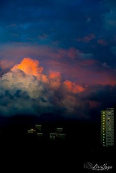 Por do sol #liviaspyerphotography #sunset #pordosol #nuvens #clouds