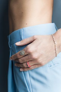 Class Ring, Designers, Rings, Gold, Fashion, Modern Jewelry, Dinghy, Jewelry Collection, Jewelry Designer