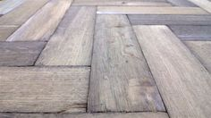 Distressed oak herringbone