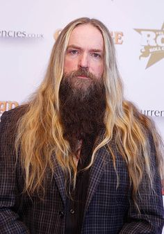 Zakk Wylde Photos - Zakk Wylde poses at the boards at the Classic Rock Roll of Honour at The Roundhouse on November 2013 in London, England. - Arrivals at the Classic Rock Roll of Honour Nuno Bettencourt, Black Label Society, Steve Vai, Zakk Wylde, Classic Rock And Roll, Famous Musicians, Hard Rock Hotel, Rock Bands, Rolls