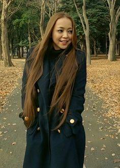 Good Girl, Rain Jacket, Windbreaker, Raincoat, Singer, Long Hair Styles, Inspiration, Outfits, Beauty