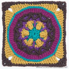 Block 4 of the Circles of the Sun CAL by LillaBjorn made in Scheepjes Linen Soft yarn