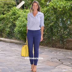 Look de trabalho - look do dia - look corporativo - moda no trabalho - work outfit - office outfit -  spring outfit - look executiva - summer outfit - calça social - camisa social - blue - navy - bolsa amarela - Yellow - pants blue