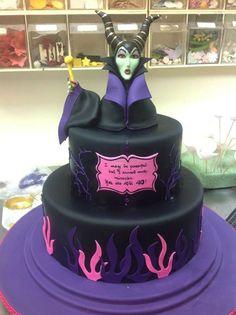 Meet the Angelina Jolie Maleficent cake. It's terrifying.