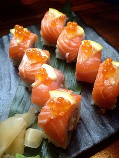 a gallery of calories — xunliang: Salmon, Crab and Avocado Roll - Sun. My Sushi, Sushi Love, Sushi Lunch, Comida Kosher, Sushi Comida, My Favorite Food, Favorite Recipes, Avocado Roll, Onigirazu
