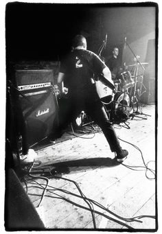 Ian MacKaye of Fugazi in Kilkenny, Ireland 1999 Minor Threat, Punk Rock, Cool Bands, Musicals, Ireland, Alternative, Spirit, Concert, Photography