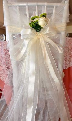 c27cf3031bf5 18 Best bridal shower chair images