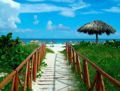 Experience Cuba travel from Joy Holiday. This Havana Cuba tour includes a full Havana city tour, Viñales Valley, Guama Park, Bellamar Caves and more. Cuba Travel, Solo Travel, Travel Tips, Havana City, Cuba Tours, Cuba Beaches, Varadero Cuba, Free Vacations, Beaches In The World