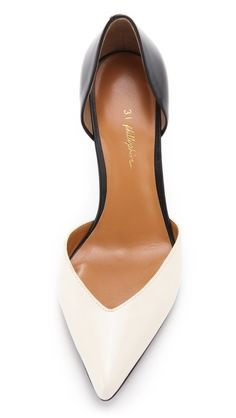 Beautiful two tone black and white shoe