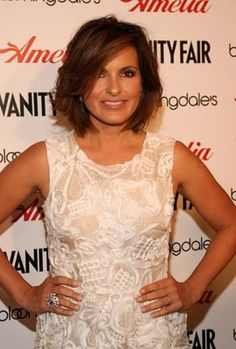 Mariska Hargitay at event of Amelia - love her hair!