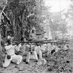 Filipino fighters in the Philippine-American War - 1900