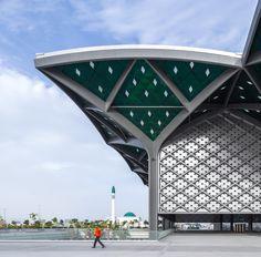 Foster + Partners, estación de alta velocidad en Medina - Arquitectura Viva · Revistas de Arquitectura