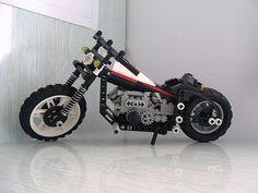 Chopper made with Lego Technic. Lego Motorbike, Lego Plane, Lego Truck, Lego Room, Lego Technic, Lego Creations, Building Toys, Chopper, Legos