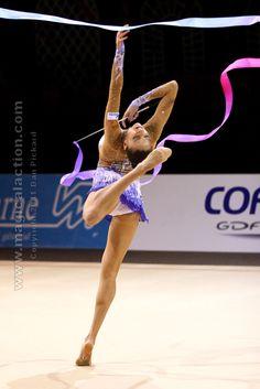 Evgenia Kanaeva- 2012 Olympic gold medallist #RhythmicGymnastics #GimnasiaRítmica