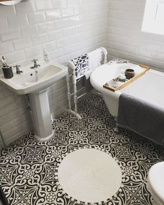 Metro White Gloss Wall Tiles - Tons of Tiles Black Bathroom Light Fixtures, Black Tile Bathrooms, Vintage Bathrooms, Small Bathroom, Bathroom Inspiration, Bathroom Inspo, Bathroom Ideas, Design Inspiration, Tiles Uk