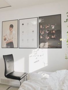 97 Amazing Beautiful Aesthetic Bedroom - Old beds carved with designs create a majestic ambiance within the space. Army Room Decor, Decoration Bedroom, Room Decor Bedroom, Diy Bedroom, Bedroom Sets, Bedroom Furniture, Bedrooms, Tumblr Rooms, Kpop Exo