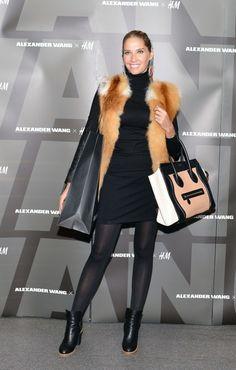 ILEANA BADIU Winter Fashion, Fur Coat, My Style, Jackets, Outfits, Winter Fashion Looks, Down Jackets, Suits, Fur Coats
