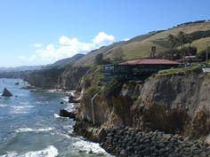 Pismo beach, california (Shore Cliff Lodge).