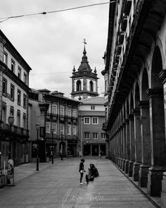 """""""And in a strange way undefined  Lose in the one and living whole The limit that I call my mind The bounded thing I call my soul"""" - Alexander Search / Fernando Pessoa  #portugal #pessoa #braga #fernando #alexander #search #photographer #fotografo #fotografia #photography #blackandwhite #poem #poema #pretoebranco #b&w #adayofsun #architecture #baroque"""