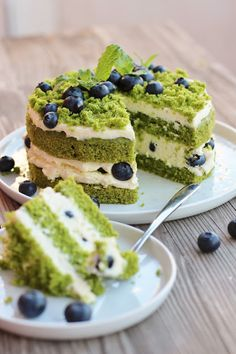 Moss Cake, Sweet Recipes, Cake Recipes, Fruit Ice Cream, Arabic Food, Aesthetic Food, Sweet Tooth, Bakery, Good Food