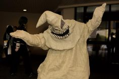 How to make an Oogie Boogie costume | eHow UK