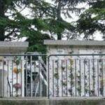 ITALIA: Finisce il funerale, manca la fossa per la bara. Il figlio del defunto: Vergogna