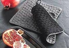 Knitting Patterns Modern Crochet picture result for potholders Crochet Kitchen, Crochet Home, Knit Crochet, Knitting Yarn, Knitting Patterns, Crochet Patterns, Knit World, Crochet Potholders, Dishcloth Crochet