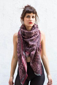 Les 11 meilleures images du tableau foulards écharpes sur Pinterest ... 96c92274988
