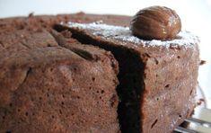 Torta di farina di castagne - Ecco una torta preparata usando solo la farina di castagne, un dolce goloso per tutti, ma essendo senza glutine adatto anche ai celiaci