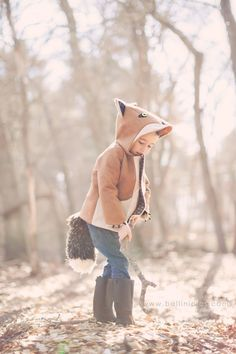 I'd totally wear this fox jacket if it came in adult sizes. Maybe I need to sew it for myself. (love the tail!)