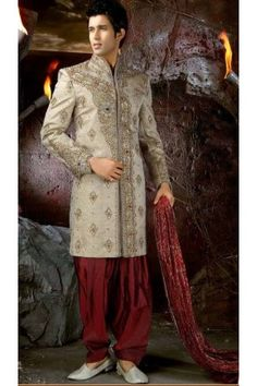 Acheter Tenue indienne de marié brodé et incrusté de pierres - Tenue indienne de marié