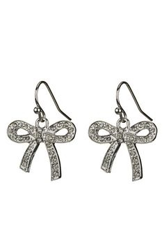 I just bought these today on my beach trip. Cutest earrings ever! I adore them. Thanks @Christine Ballisty Cavaness!!!!