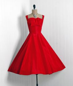 1950's Vintage Fred Perlberg Designer-Couture Fiery Ruby-Red Taffeta Pintuck Shelf-Bust Bow Rockabilly Full Circle-Skirt Prom Party Dress