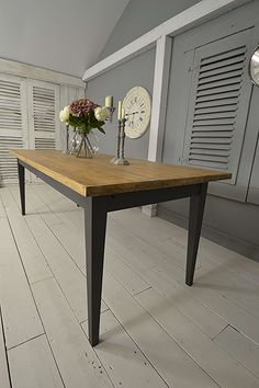 #letstrove This French Oak Dining Table has sophisticated charm and elegance and will be the talking point of any kitchen! https://www.thetreasuretrove.co.uk/tables/french-tapered-leg-10-seater-painted-oak-dining-table #frenchfarmhouse #frenchfurniture #greyfurniture #frenchfinds