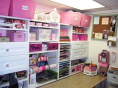 This would make a FABULOUS scrapbook room. Description from pinterest.com. I…