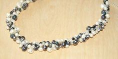 NF456/WBL - White and black pearl and crystal necklace