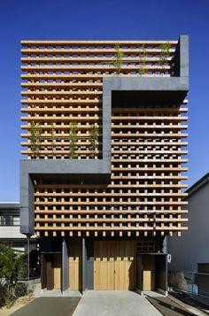 アトリエ ルクス 一級建築士事務所 『格子庭の家』 http://www.kenchikukenken.co.jp/works/1380763988/1495/ #architecture
