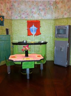 DIY Portable Barbie DollHouse- BArbie kitchen