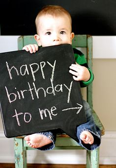 1st birthday idea- ok but HOW do some people get such perfect pictures, its IMPOSSIBLE to make mine sit still long enough!! guess he was having too much fun :P