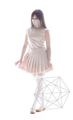 Gallery|ももいろクローバーZ 2ndフルアルバム「5TH DIMENSION」特設サイト-有安杏果