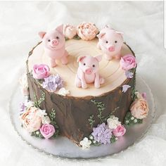 Cutest little springtime piggy cake! Fancy Cakes, Cute Cakes, Pretty Cakes, Beautiful Cakes, Amazing Cakes, Piggy Cake, Piggy Cupcakes, Animal Cakes, Creative Cakes