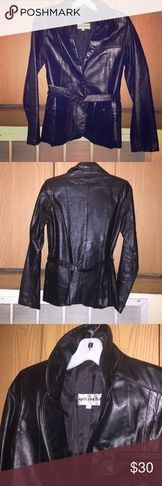 Vintage black leather blazer -- sharp! 80s blk lightweight lined leather blazer with 2-button closure in front and skinny tie belt. Slim silhouette, 2 front slit pockets. No damage. Pop that collar, why doncha?! Perfect for skinny jeans and boots! Split End Ltd. Jackets & Coats Blazers