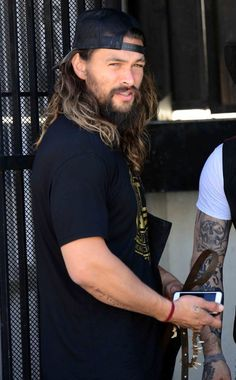 Jason momoa 321444492154436895 - Jason Momoa Source by Gal Gadot, Jason Momoa Aquaman, Aquaman Actor, Lisa Bonet, My Sun And Stars, Tumblr, Raining Men, Charlie Hunnam, Taylor Kitsch