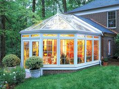 Sun room, day room, conservatory, home studio idea
