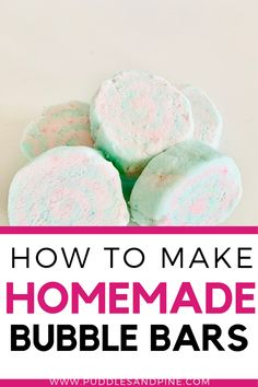 How To Make Bubble Bars (Just Like Lush!) - - There's nothing quite as cozy as a bubble bath. These easy homemade bubble bars are just like lus - Bubble Bath Soap, Bubble Bath Homemade, Homemade Bubbles, Bath Bomb Recipes, Soap Recipes, Bath Boms Diy, How To Make Bubbles, Nails Polish, Wie Macht Man