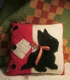 Applique Scottie PILLOW made from ANTIQUE Nine Patch Quilt - Charming Keepsake
