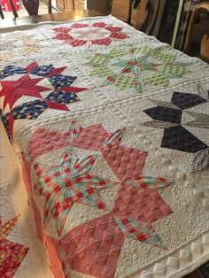 Swoon quilt with checkerboard quilting design