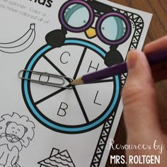 Beginning Sound Spinner Games {Freebie!} New School Year, I School, First Day Of School, Get To Know Me, Getting To Know You, Math Coach, First Year Teaching, Dollar Tree Finds, Back To School Hacks