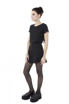 http://www.muaa.com.ar/muaa/vestidos.html