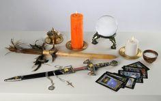 The website describes the origin and main characteristics of the voodoo religion, voodoo gods and voodoo rituals. Healing Spells, Magic Spells, Voodoo Rituals, Modern Magic, Money Spells, White Magic, Fortune Telling, Magic Words, Runes